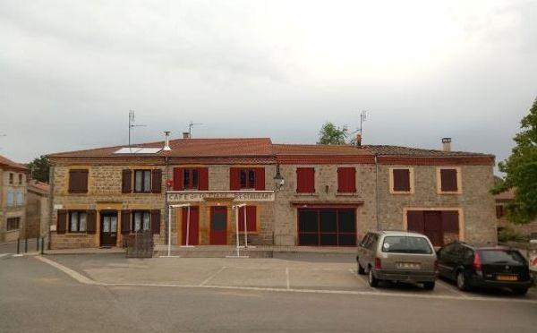 insertion_devanture_bar_restaurant_longessaigne-600x372