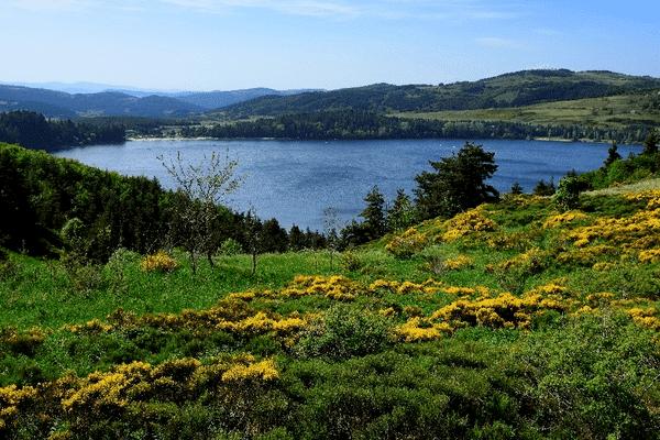 Lac d'Issarlès Station verte de vacances